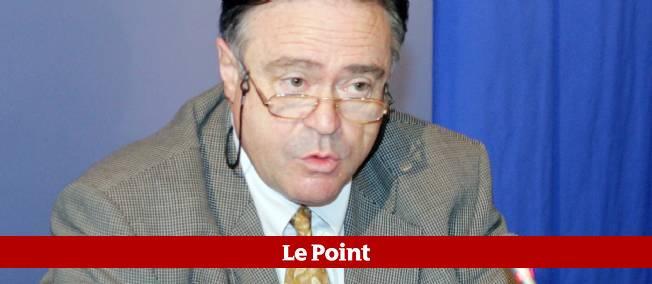 Éric Meillan, le directeur de l'Inspection générale des services (IGS) jusqu'en 2010, est mis en cause par la justice, qui cherche à établir si l'IGS a faussement mis en cause quatre policiers dans un trafic présumé de titres de séjour.