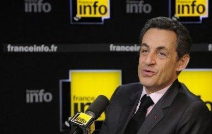 """""""J'ai vu qu'au Parti socialiste, on critiquait le Raid, mais il faut voir que ces gens ont risqué leur vie"""", a également affirmé M. Sarkozy, en dénonçant """"tous ceux qui parlent à longueur de journée, les anciens policiers, les anciens gendarmes"""" et ceux """"qui n'ont quand même pas une réputation telle qu'on devrait en faire des autorités morales"""" parce qu'ils sont """"connus dans les affaires d'écoutes ou des Irlandais de Vincennes"""""""