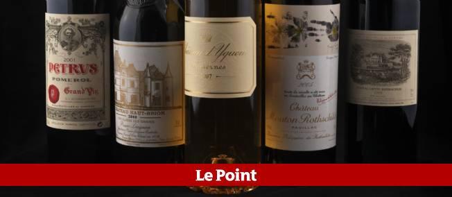 Six bouteilles de Petrus termineront la vente jeudi soir, dont deux de 1990, estimées entre 2 200 et 2 500 euros.