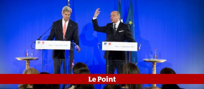 Laurent Fabius et le secrétaire d'État américain, John Kerry, ont tenu une conférence de presse samedi soir au Quai d'Orsay (Paris), pour redire leur détermination à agir contre Bachar el-Assad.