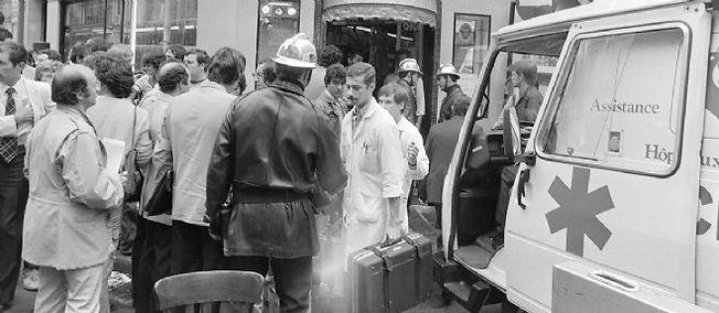 Les secours arrivent sur place le 9 août 1982. Six personnes mourront et vingt-deux autres seront blessées.