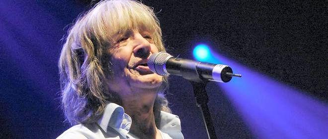 Le chanteur Leny Escudero, ici en 2006 lors d'un concert au Zénith, est décédé le 9 octobre.