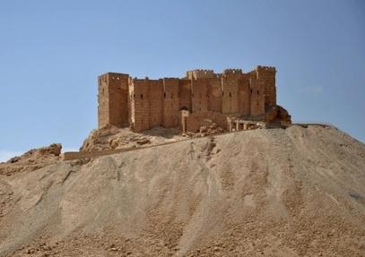 Vue du château antique de la ville de Palmyre en Syrie, le 18 mai 2015