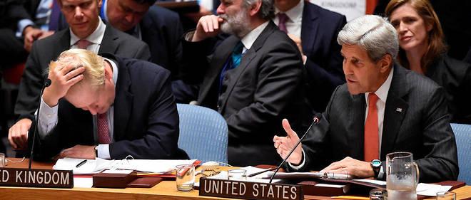 Boris Johnson, ministre des Affaires étrangères britannique, et le secrétaire d'État américain John Kerry, au Conseil de sécurité de l'ONU, le 21 septembre 2016.