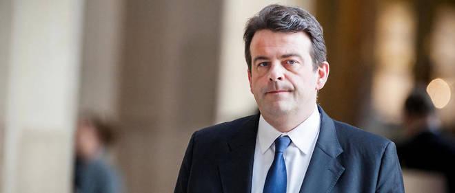Les élus LR de la région Île-de-France ont exigé la démission de l'actuel président du groupe.