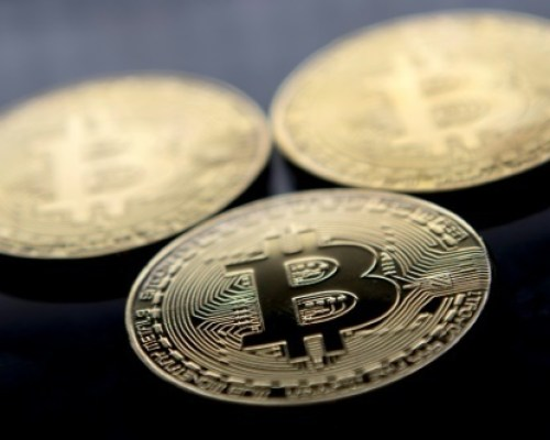 Les cryptoactifs gagnent du terrain, mais la méfiance demeure