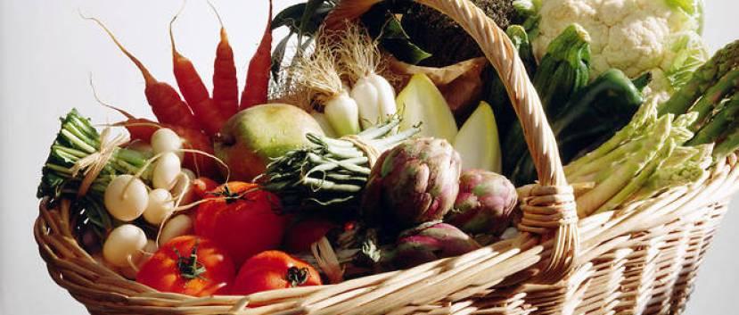 Les conclusions de l'etude publiee dans << JAMA >> revelent une diminution de 25 % du risque de cancer chez les personnes qui consomment regulierement des produits issus de l'agriculture biologique.