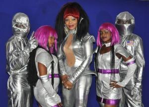 Julie Mabéa et ses danseurs (Ph: Dr)