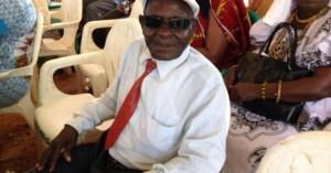 Le Vieux Ménékré a sorti ses griffes contre tous ceux qui avaient annoncé sa mort.