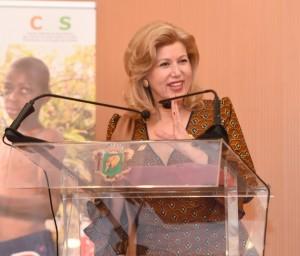 Dominique Ouattara, la Première-dame de Côte d'Ivoire très engagée contre le travail des enfants.