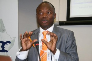 "président du Forum de ""African Investigative Reporters Fair"""