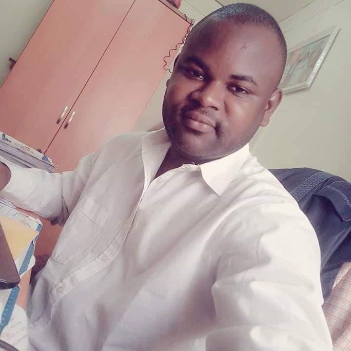 Diallo Aboubacar Le PDG de SIMER GUINEA GROUPE formule ses voeux à tous ses clients