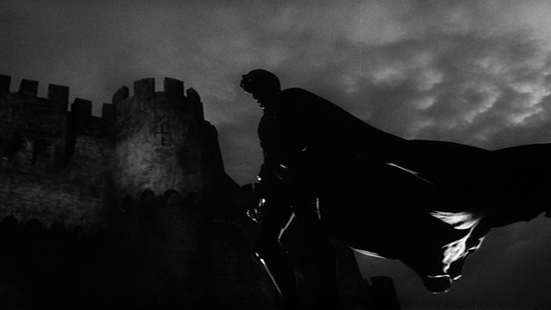 """Тінь батька. Кадр із фільму """"Гамлет"""" 1964 року"""