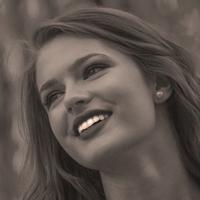le quai namaste salon de coiffure artisan coiffeur coloration vegetale soins energetiques Accueil portraits jeune femme 04 - le-quai-namaste-salon-de-coiffure-artisan-coiffeur-coloration-vegetale-soins-energetiques-Accueil-portraits-jeune-femme-04