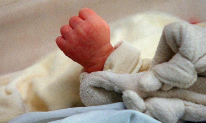Belgique: 1,9 million d'euros récoltés pour soigner un bébé de 9 mois avec le médicament le plus cher au monde