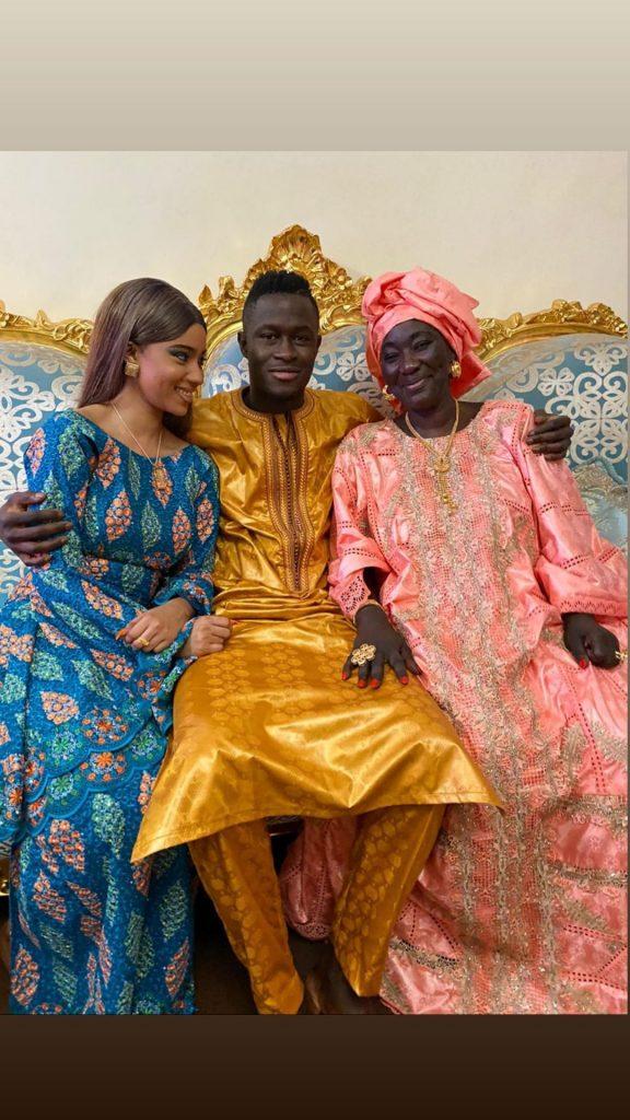 ModeTabaski: Le couple de stars Racky Aidara et Ibou Gueye en toute complicité avec leur mère!