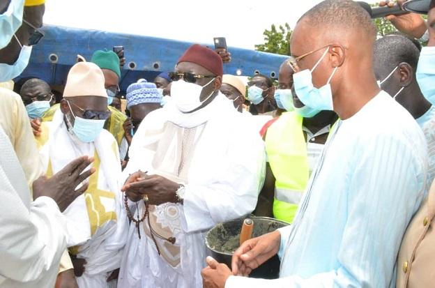 Kaffrine : le ministre Abdoulaye Saydou Sow, a procédé, à la pose de la première pierre de la grande mosquée