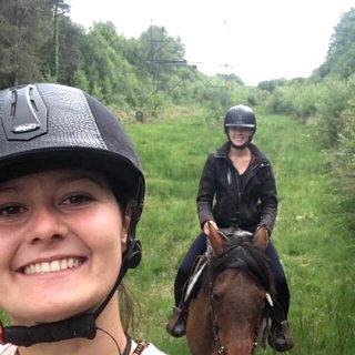balade-a-cheval-selfie_ranch-de-calamity-jane-morbihan