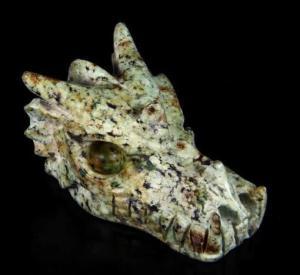 Crâne de dragon en turquoise africaine