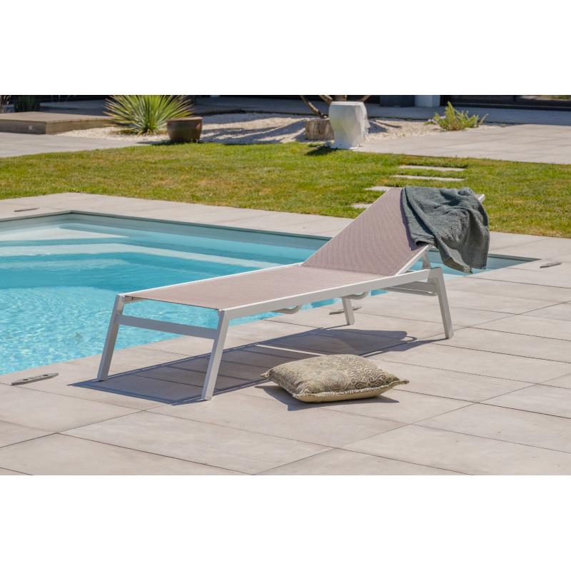 bain de soleil design en aluminium