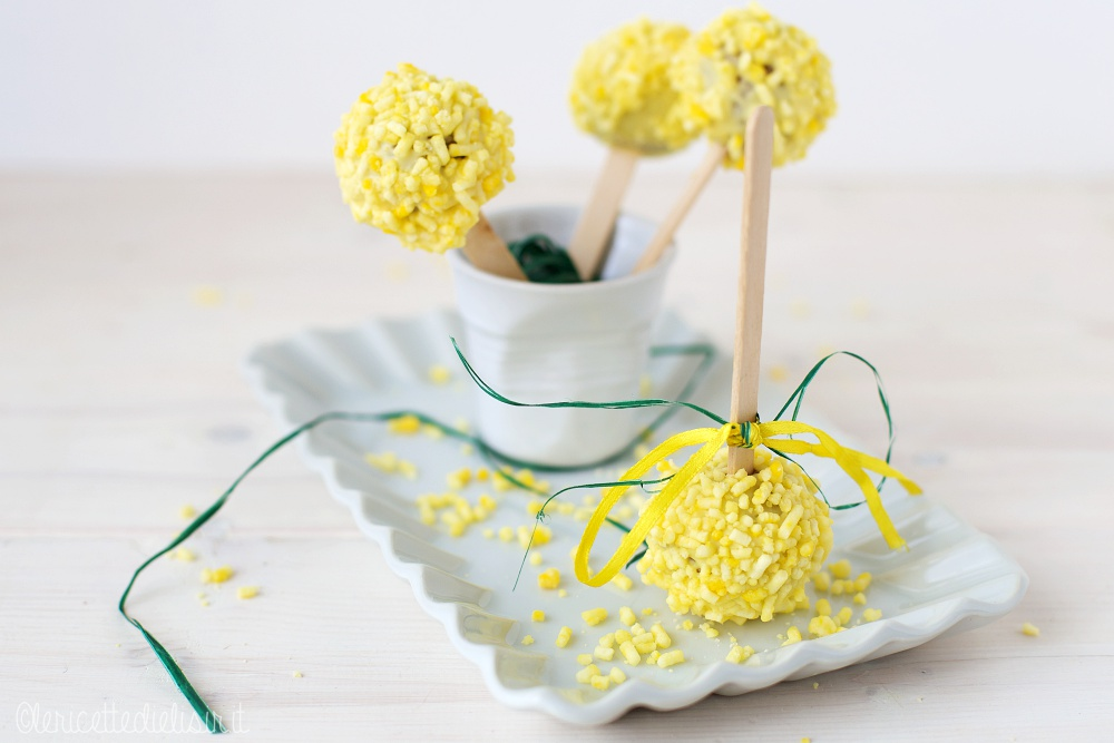 Cake pops mimosa