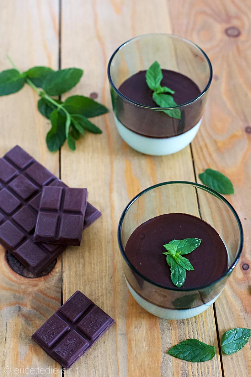 panna cotta menta e cioccolato 2 - Panna cotta alla menta e cioccolato fondente