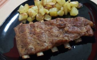 SPICY STICKY RIBS