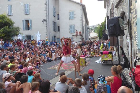festival international du theatre de rue