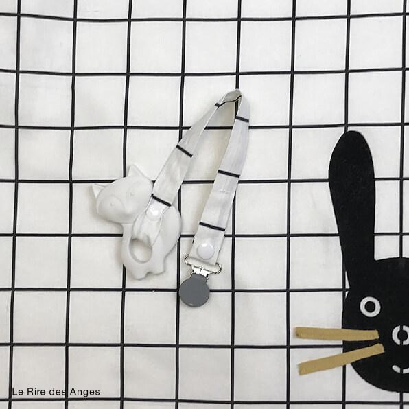 trousseau naissance carreaux noir et blanc