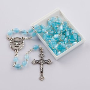 chapelet avec perles ovales nacre-bleu-confirmation