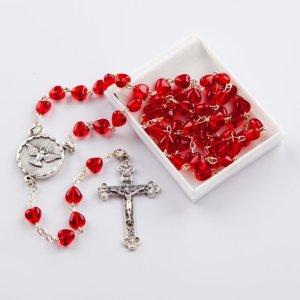 chapelet avec perles en forme de coeur rouges-confirmation