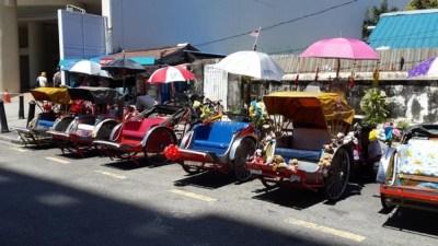 Partir en Orient pour le festival végétarien de Penang. Rickshaw.