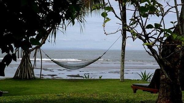 Bali plage : l'ouest, Negara, Medewi, Gilimanuk. Puri Dajuma