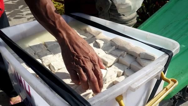A Bali, Hervé Berbille, spécialiste passionné, parle du soja