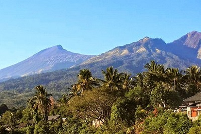 Mont Rinjani, compétition ultra trail 2013 à Lombok Vue du Mont Rinjani