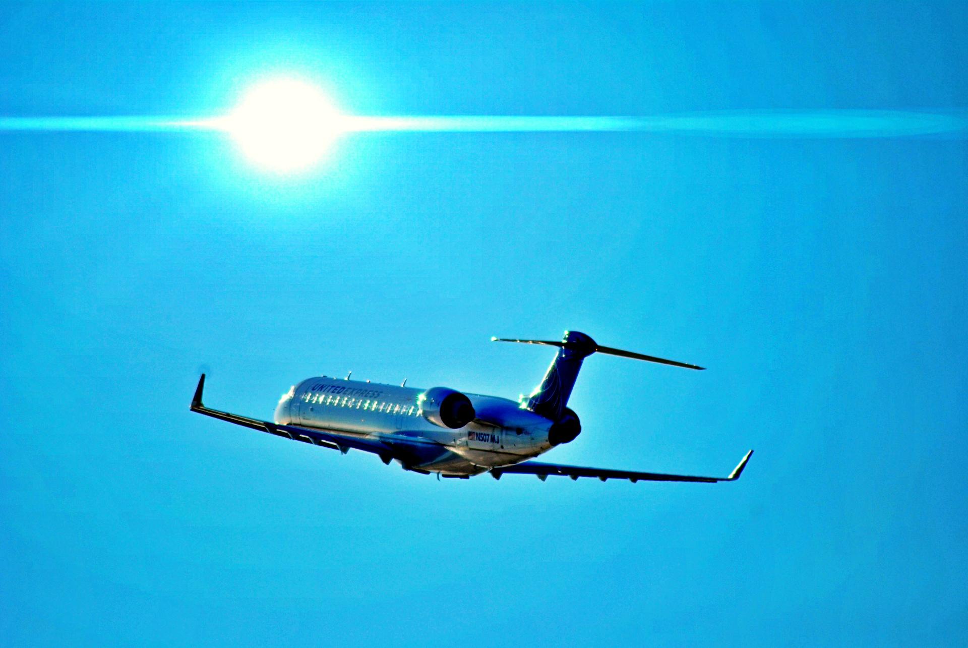 Resultado de imagen para Bombardier CRJ-700 assembly line