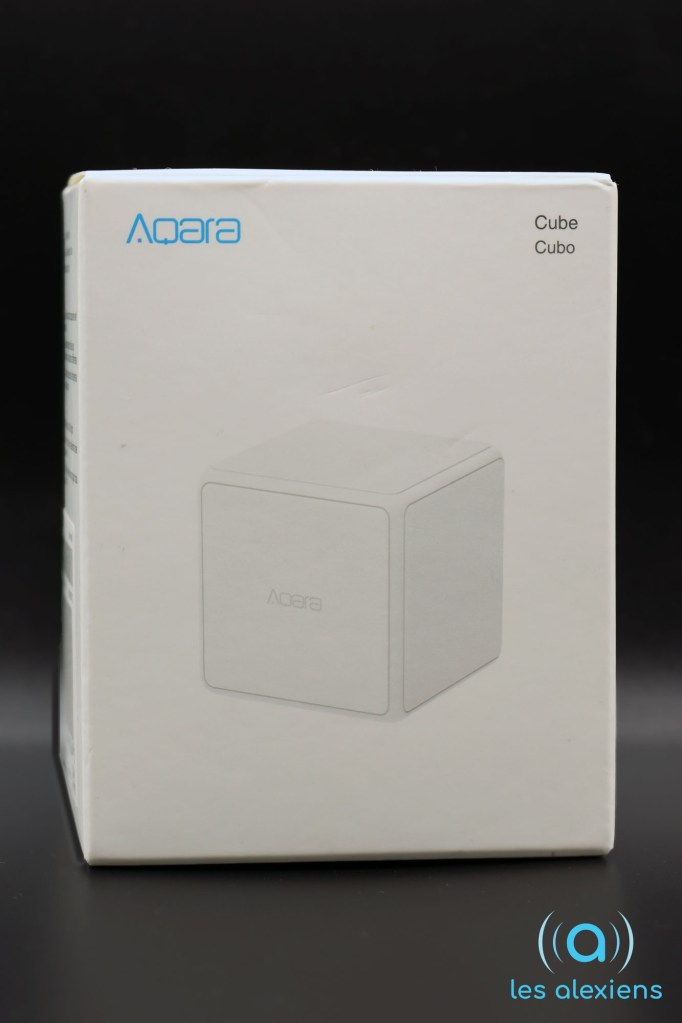 Aqra Cube : unboxing face 1