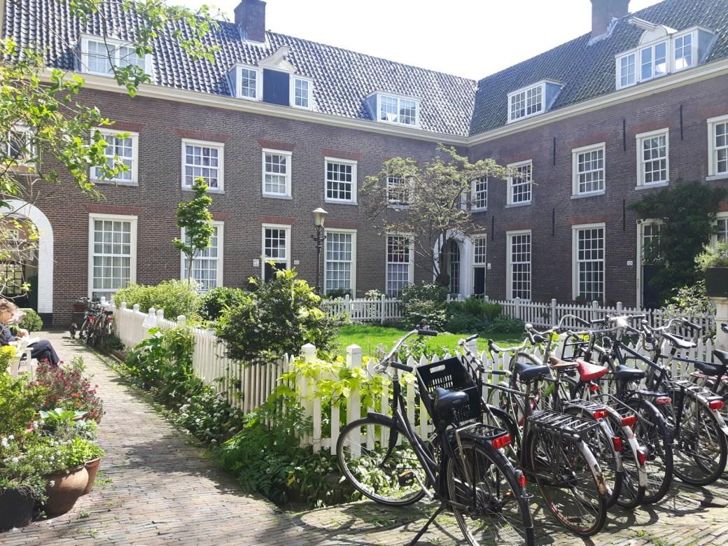 cour intérieure Amsterdam quartier Jordaan