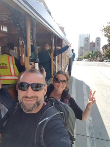 Cable car à San Francisco - Coco et Steph - Les Amoureux du Monde