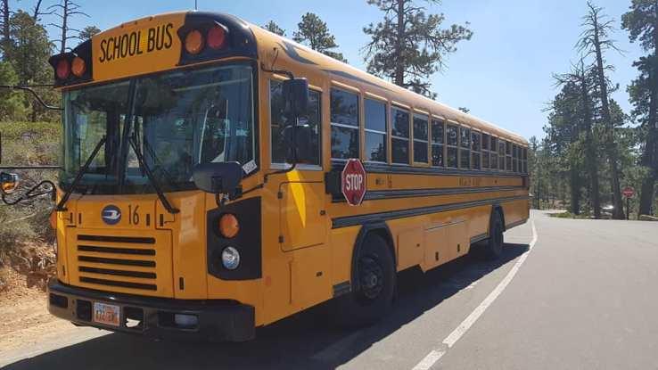 school bus à Bryce Canyon