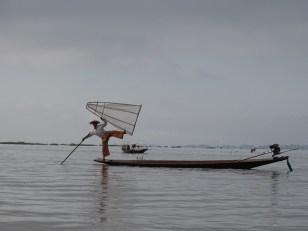 Pêcheur sur le lac Inle - Birmanie