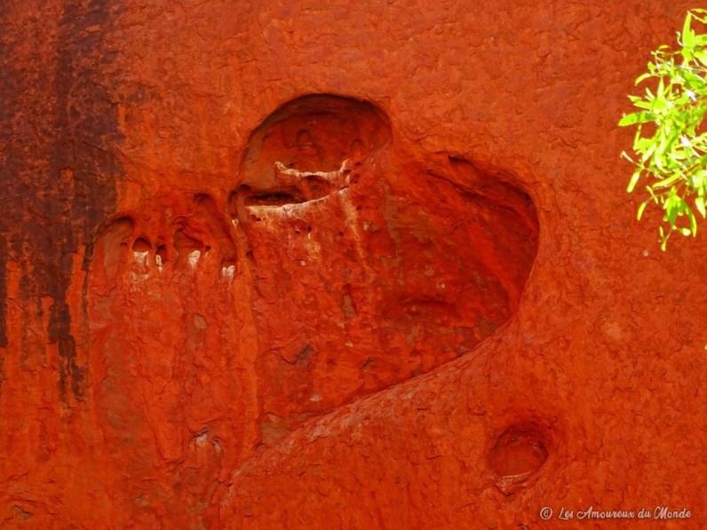 cœur dans la roche à Uluru