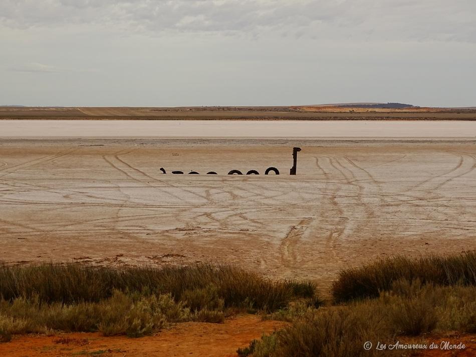 Le montre dulokness du lacBumbungaasséché - Australie