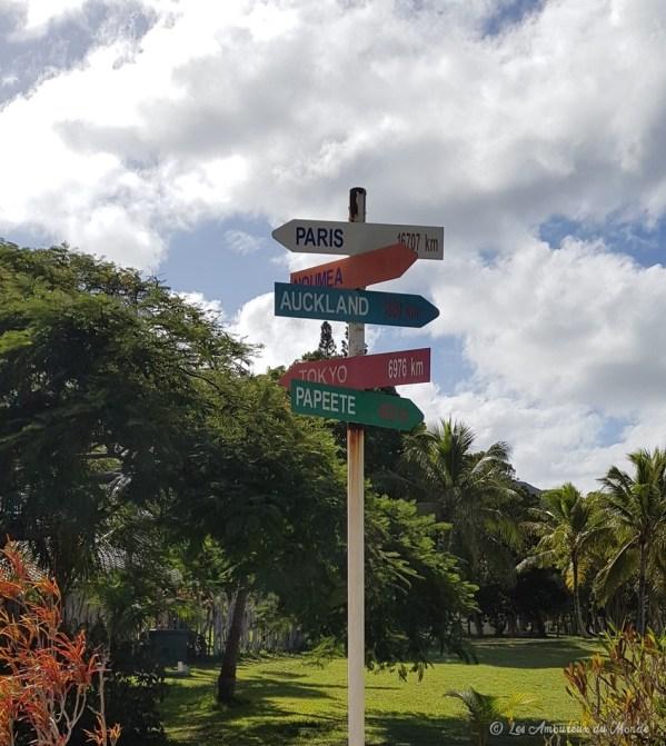 Panneau devant l'IGEA - île des Pins