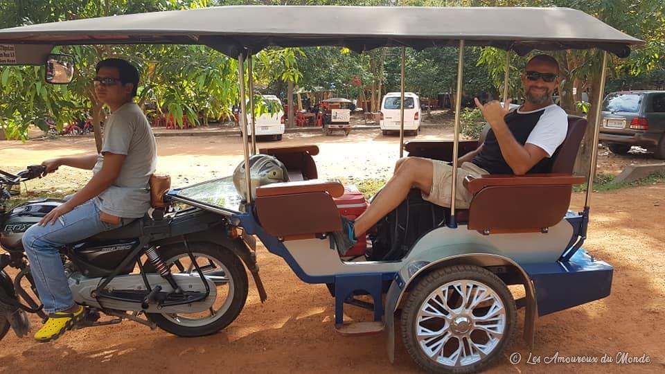 Tuk-tuk pour visiter les temples d'Angkor au Cambodge