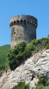 Tour génoise sur la route du Cap Corse