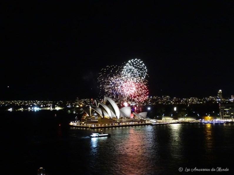 feu d'artifice au-dessus de l'Opéra de Sydney