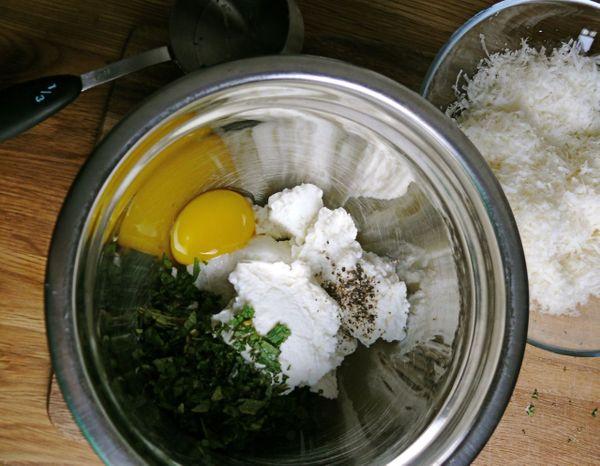 ricotta, egg, mint filling