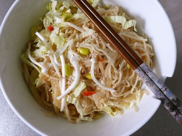 sesame somen noodles with enoki mushrooms, napa and sprouts