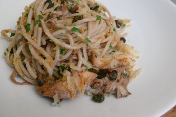 crisp fried caper, bread crumb and oyster mushroom pasta